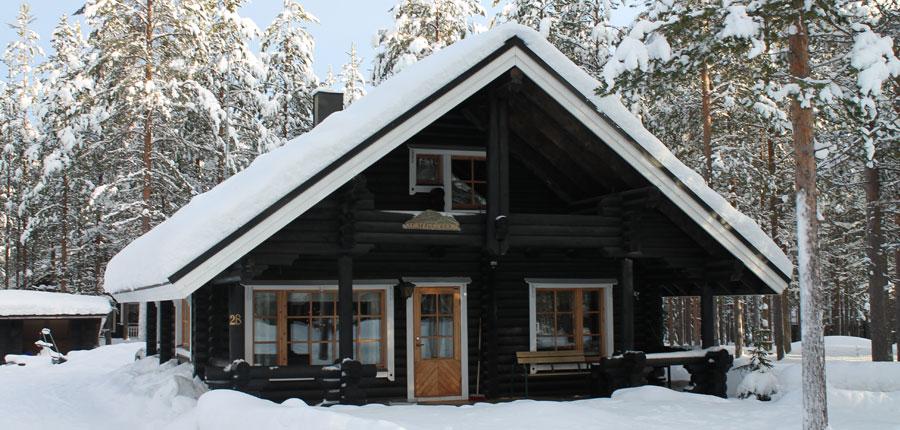 finland_lapland_pyhä_Log_Cabins _(4 stars)_3-room_mezzanine_superior_cabin_exterior3.jpg